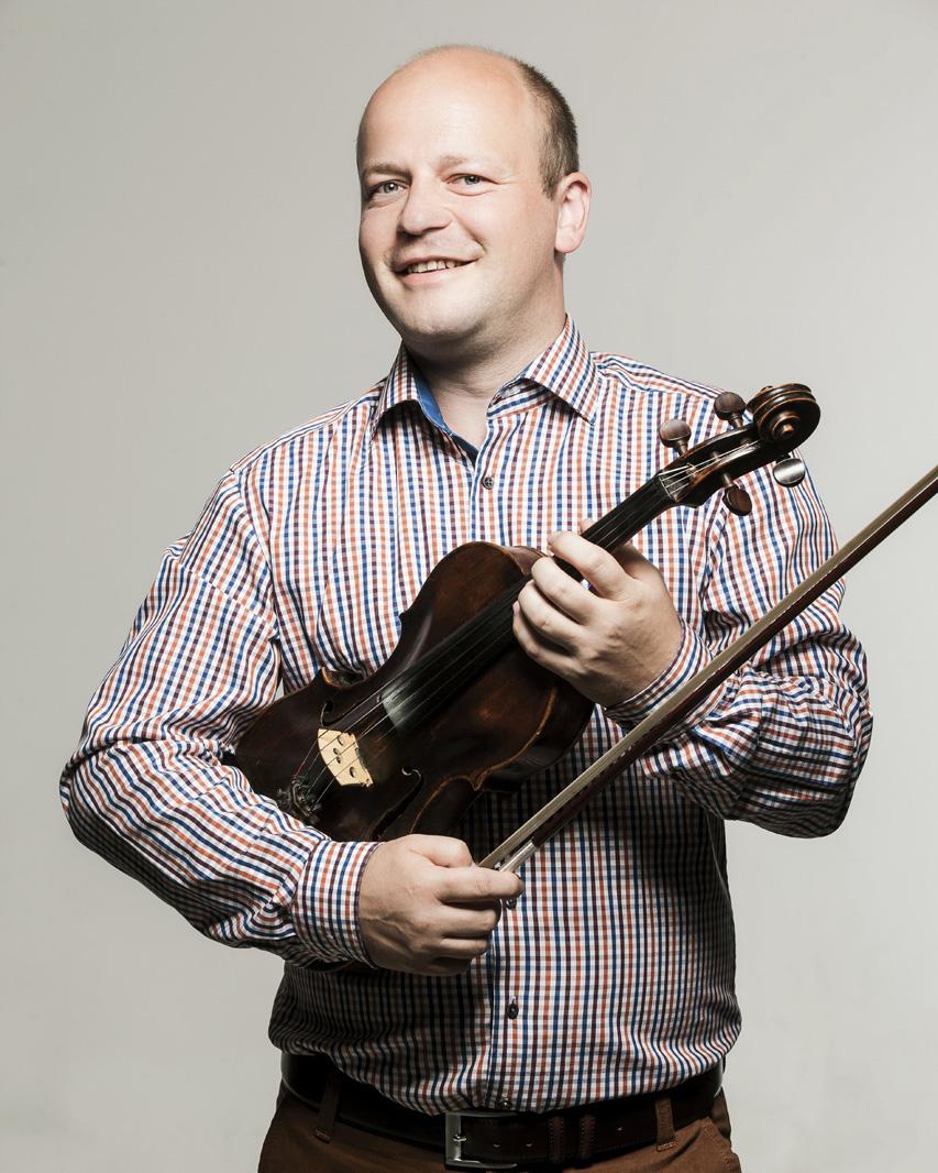 Tomáš Šujan (viola)
